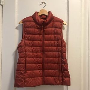 Rusty Red Uniqlo Puffy Vest
